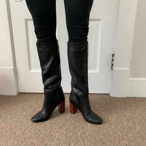 Lands' End Women's Black Leather Boot Size 8.5